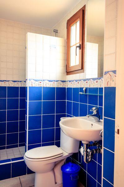 Washing facilities 2 Location Villa 53410 Empuriabrava