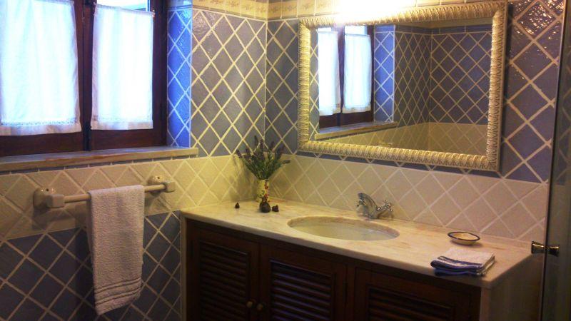 bathroom 1 Location House 55114 Sintra