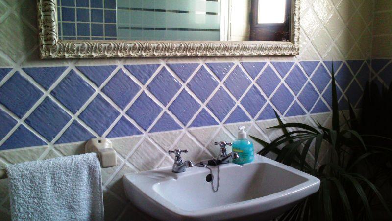bathroom 2 Location House 55114 Sintra