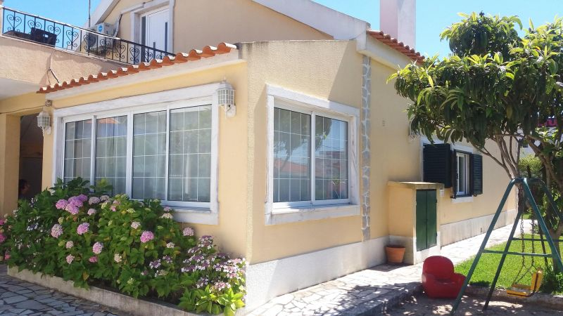 Outside view Location Villa 55207 Lisbon
