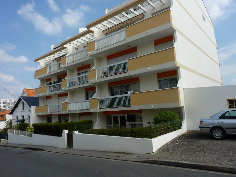 Outside view Location Apartment 55283 Royan