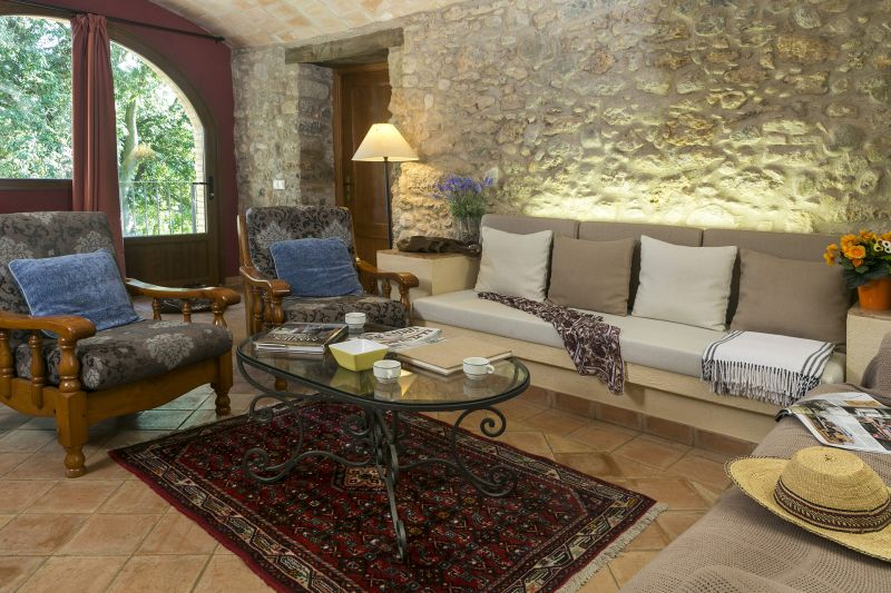 Living room 2 Location Self-catering property 55342 Figueres