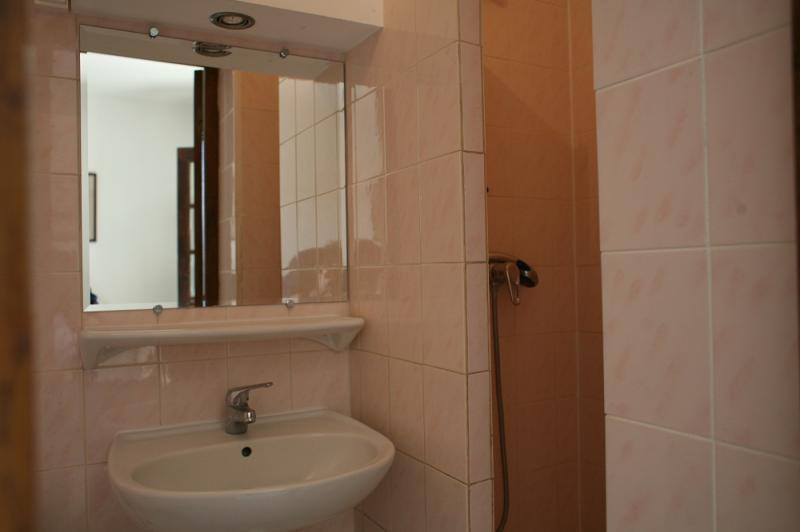 Washing facilities Location Studio apartment 5771 Hyères