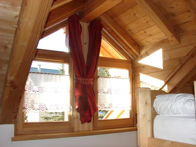 bedroom 2 Location Chalet 57805 Montgenevre