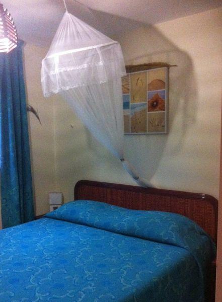 bedroom Location Apartment 58877 Sainte Anne (Martinique)