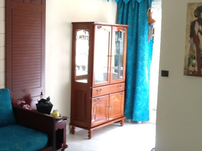 Living room Location Apartment 58877 Sainte Anne (Martinique)