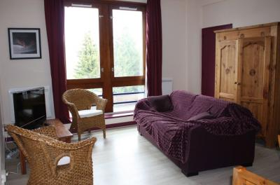 Living room Location Apartment 59210 Le Corbier