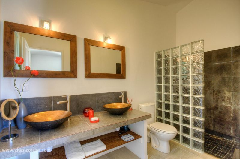 Washing facilities 2 Location Villa 59939 Porto Vecchio