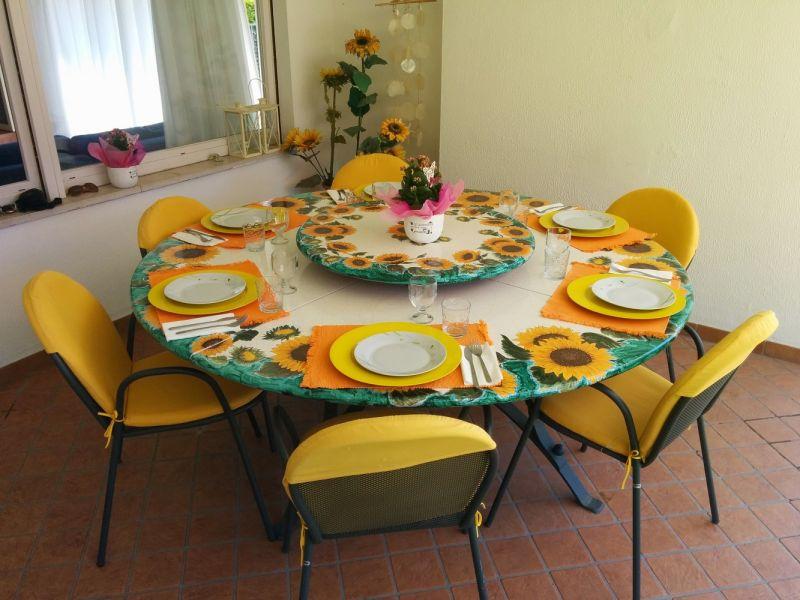 Veranda Location Villa 61113 Garda