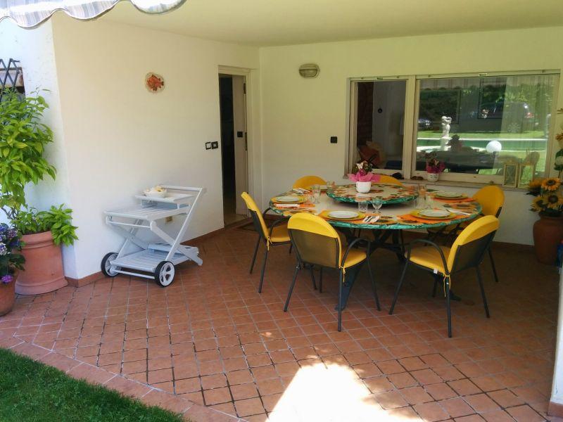 Hall Location Villa 61113 Garda