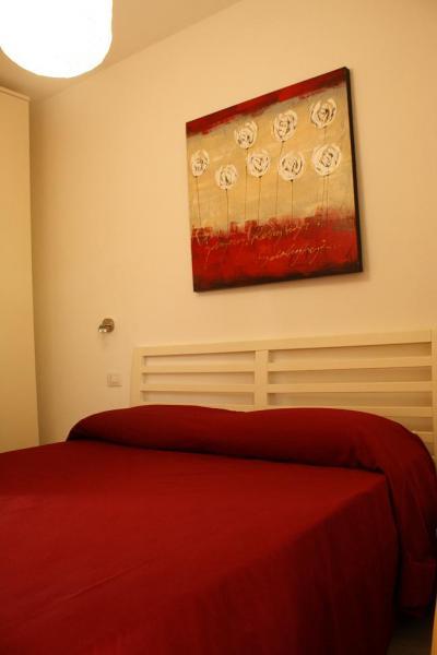 bedroom Location Apartment 61212 Isola Rossa