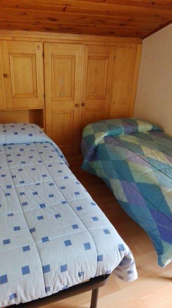 bedroom 2 Location Apartment 61306 Civetta