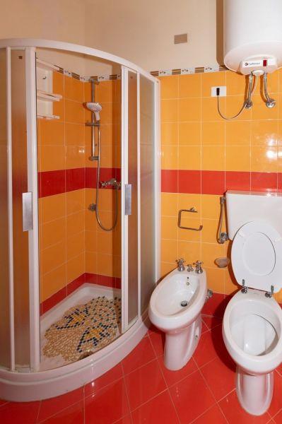 bathroom Location Apartment 63092 Avola