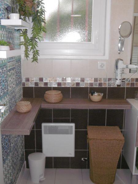 bathroom Location House 6366 Bidart