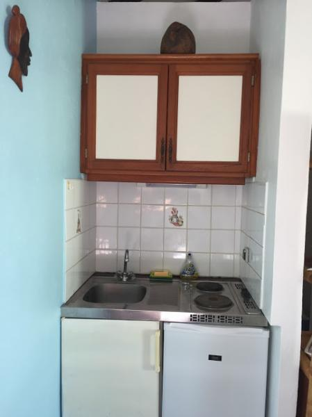 Kitchenette Location Bungalow 8003 Gosier (Guadeloupe)