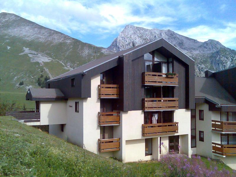Outside view Location Apartment 843 La Clusaz