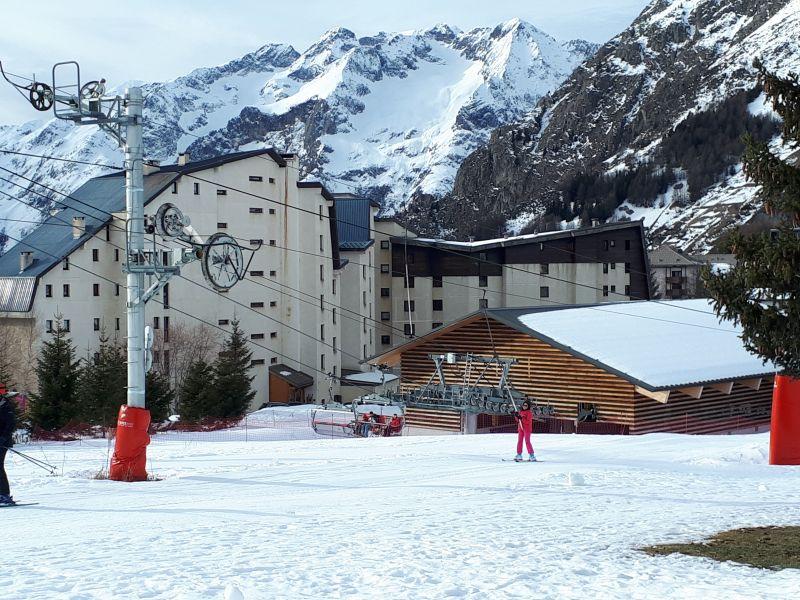 Outside view Location Apartment 111741 Les 2 Alpes