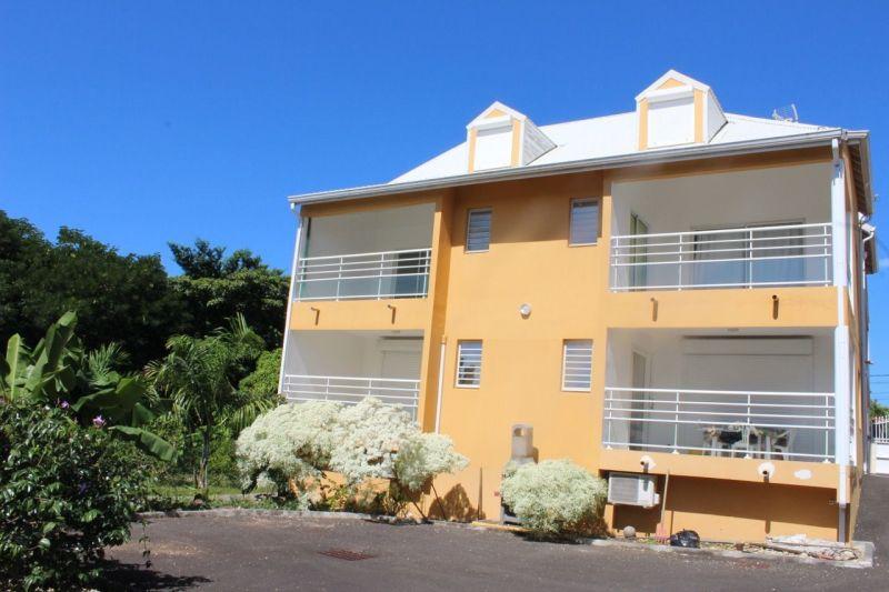 Outside view Location Studio apartment 74882 Port Louis