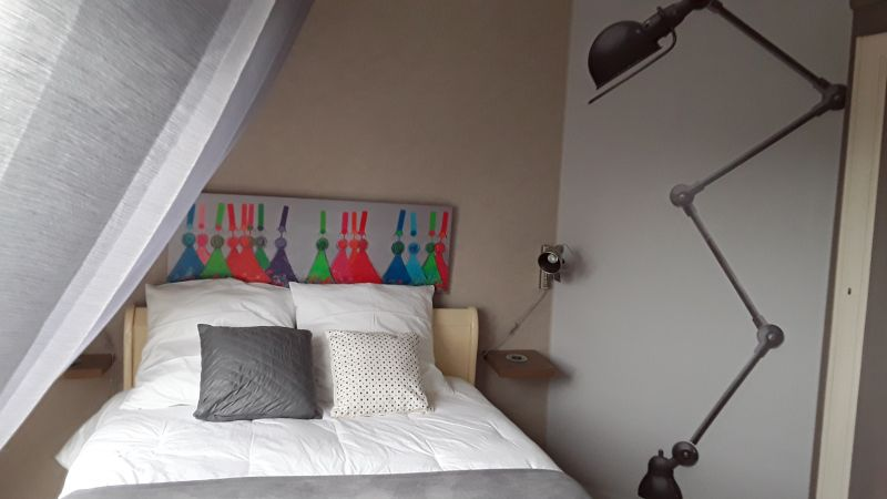 bedroom 2 Location Villa 82006 Roscoff