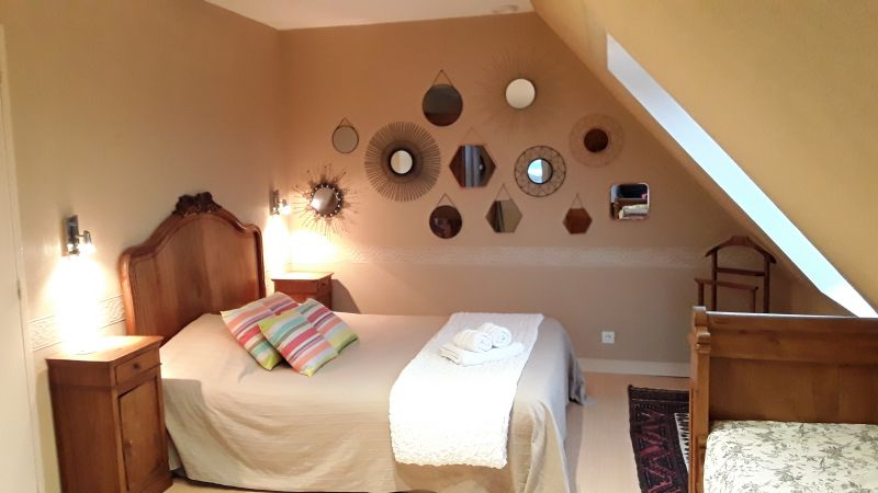 bedroom 1 Location Villa 82006 Roscoff