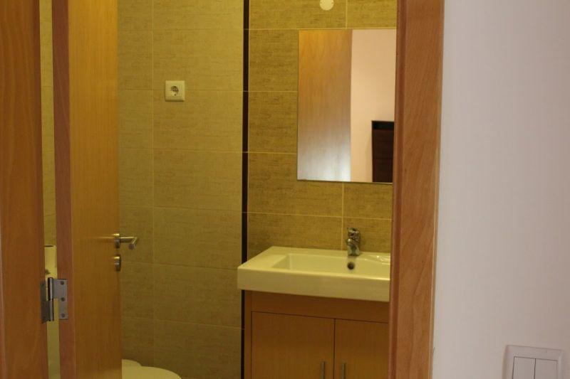 bathroom Location Apartment 103683 Nazaré