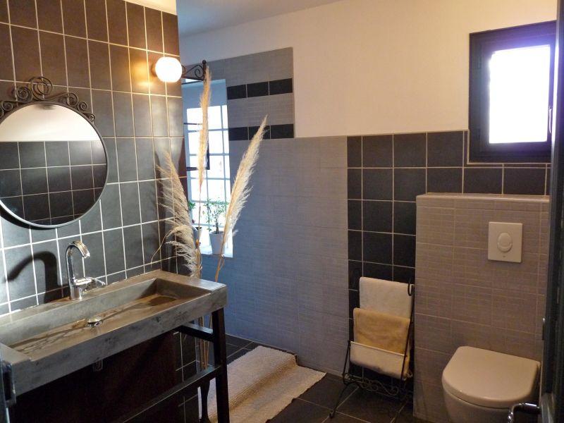 bathroom 1 Location Villa 109342 Aix en Provence