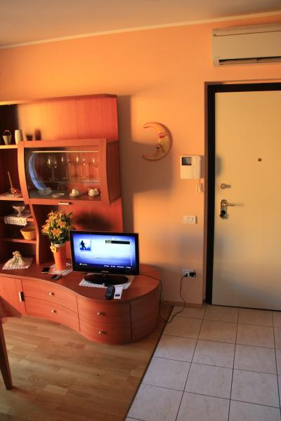 Hall Location Apartment 66766 Sirmione