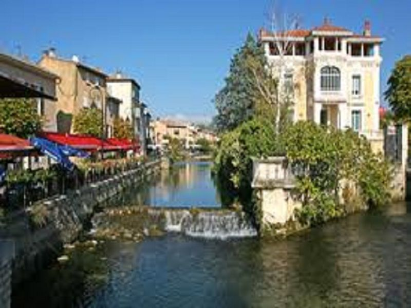 Other view Location Self-catering property 92591 Isle sur la Sorgue