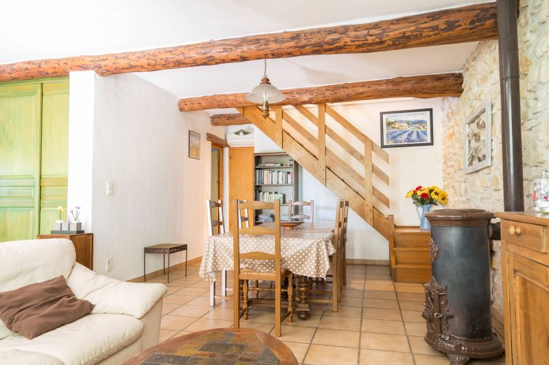 Dining room Location Self-catering property 92591 Isle sur la Sorgue