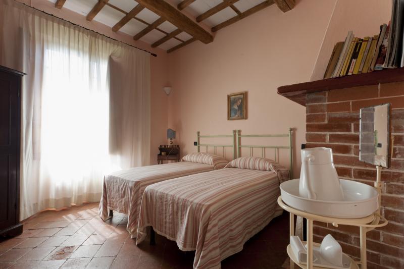bedroom 2 Location Apartment 70889 Viareggio