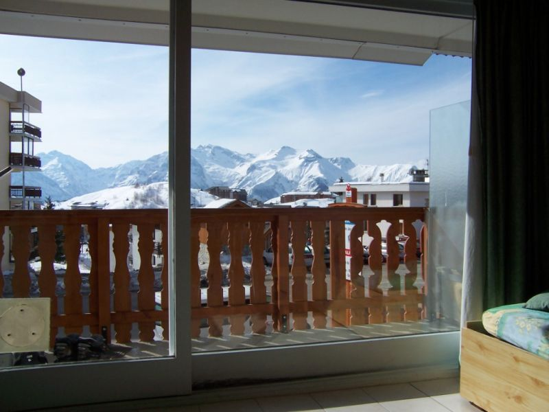 View from the balcony Location Studio apartment 96346 Alpe d'Huez