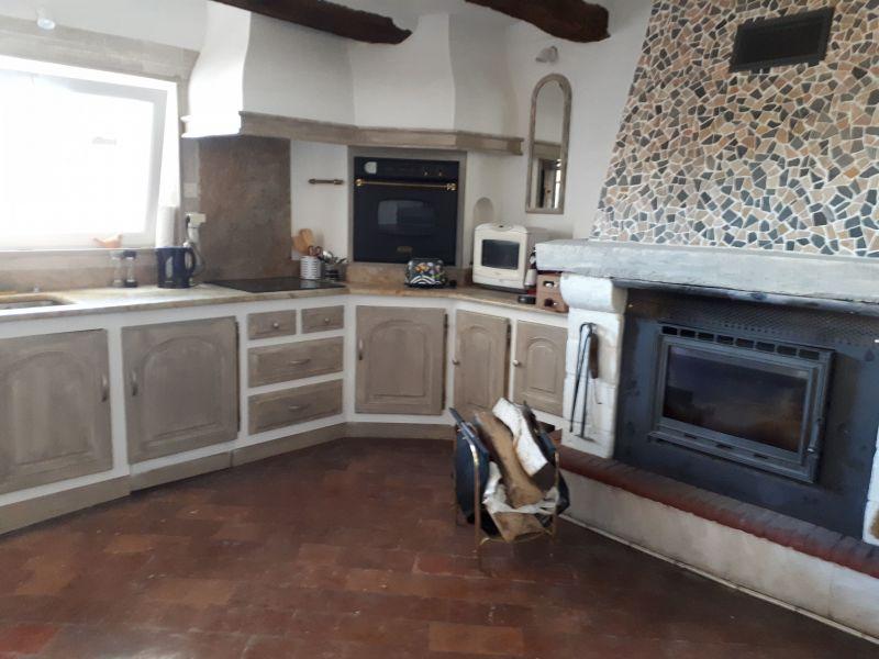 Sep. kitchen Location House 115901 Vaison la Romaine