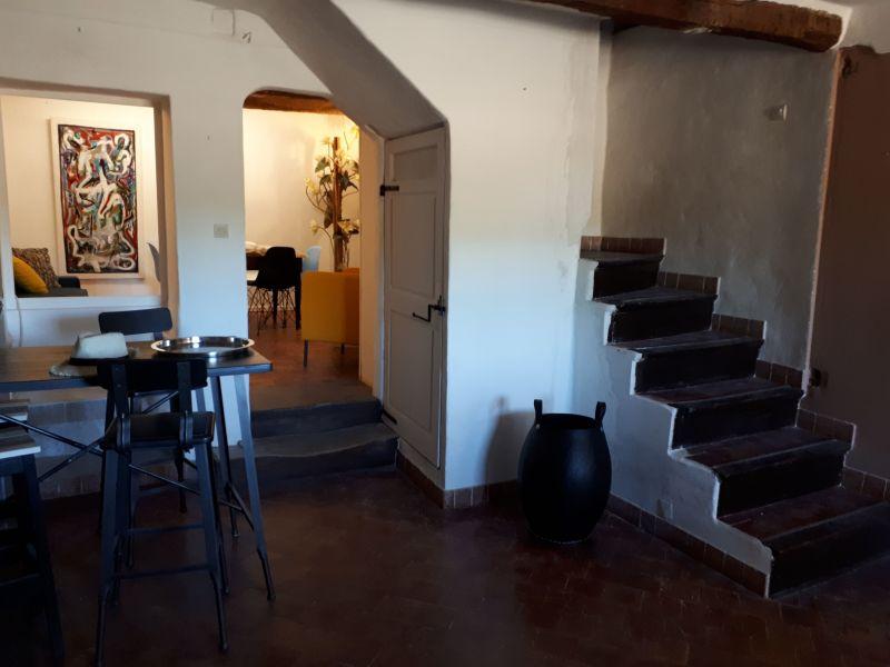 Hall Location House 115901 Vaison la Romaine