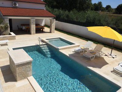 Swimming pool Location Villa 116594 Pomer