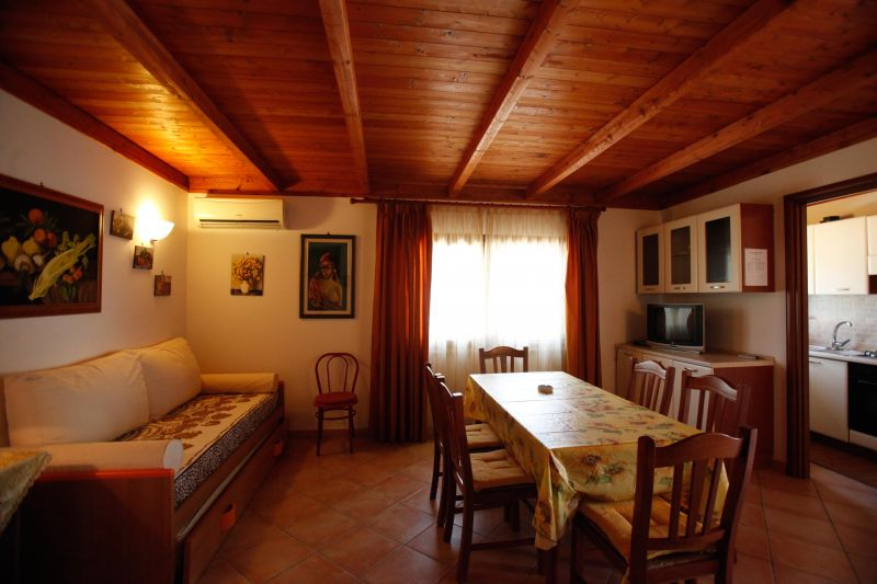 Living room 1 Location Cave dwelling 69168 Gallipoli