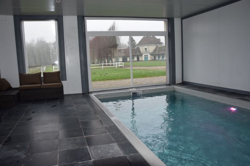 Swimming pool Location Self-catering property 82435 Hesdin