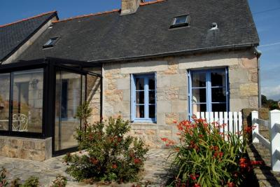 Location Self-catering property 96475 Perros-Guirec