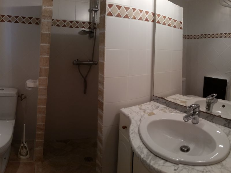 Washing facilities 2 Location Villa 114573 Porticcio