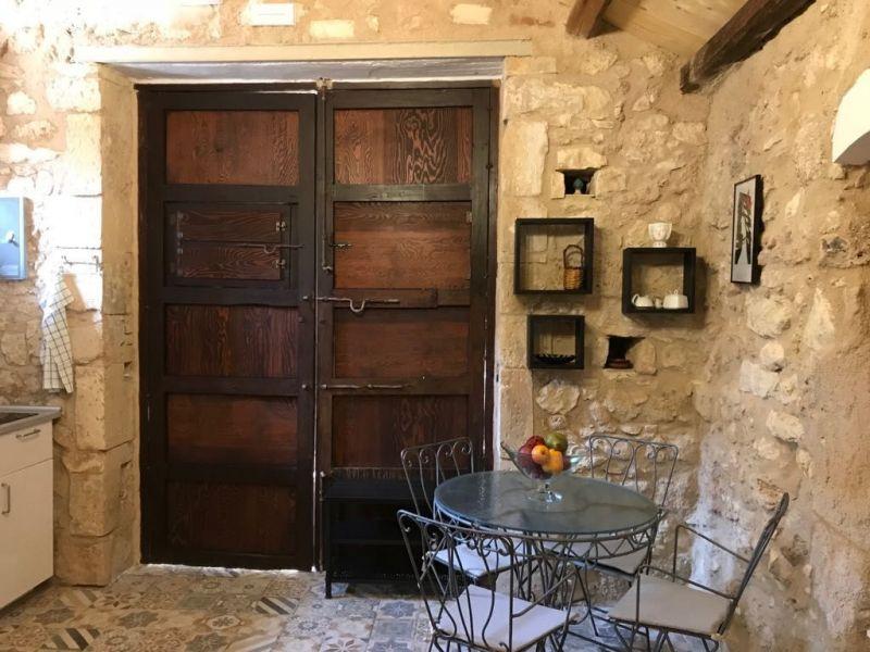 Location Studio apartment 114945 Noto