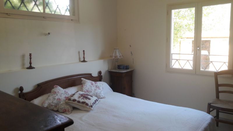 bedroom 1 Location Villa 115101 Le Pradet