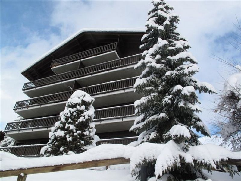 Outside view Location Apartment 117455 Verbier