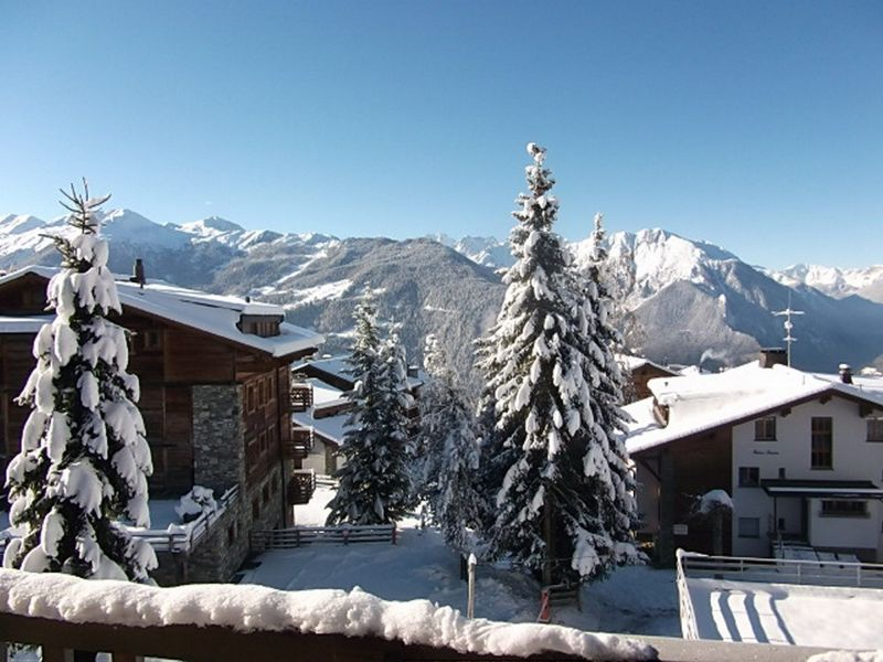 View from the balcony Location Apartment 117455 Verbier
