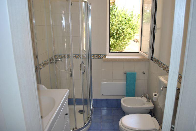 bathroom Location House 73207 Pescoluse