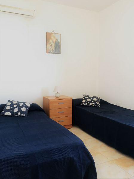 bedroom 2 Location Apartment 94486 Ugento - Torre San Giovanni