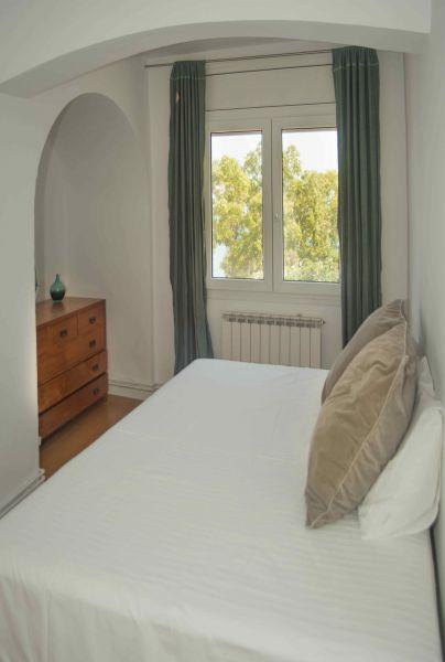 bedroom 3 Location Villa 95047 Barcelona