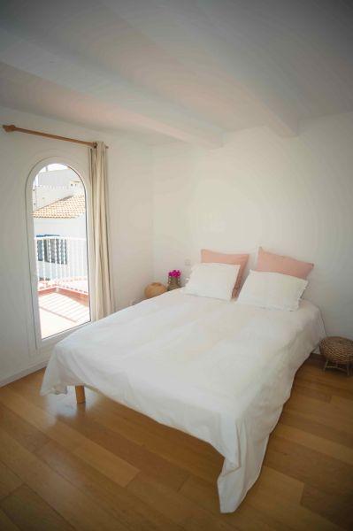 bedroom 4 Location Villa 95047 Barcelona