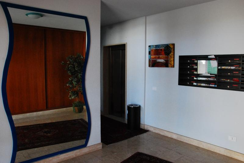 Hall Location Apartment 68809 Trapani