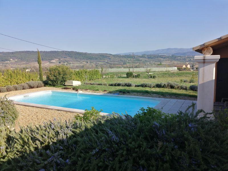 Swimming pool Location Villa 108228 Apt