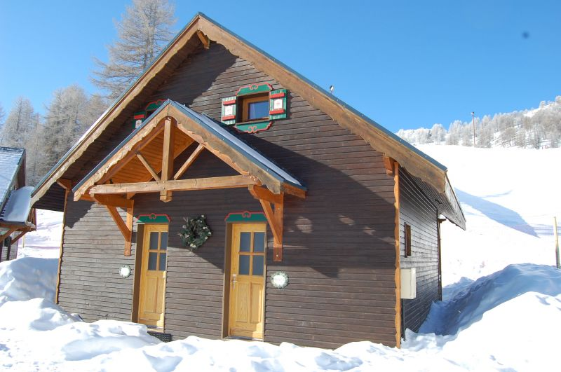 Outside view Location Chalet 111824 Risoul 1850