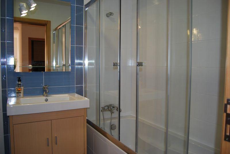 bathroom Location Apartment 112557 Nazaré